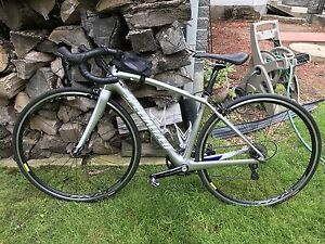 Specialized road bike full carbon