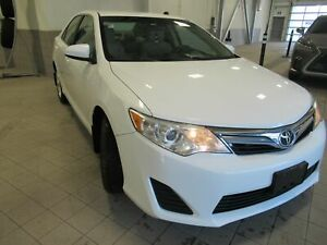 2014 Toyota Camry LE NO DAMAGE CLEAN CARPROOF