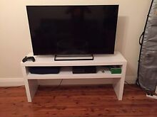 Tv table Coogee Eastern Suburbs Preview