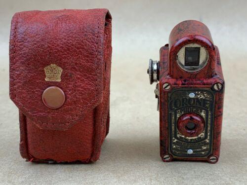 Coronet MIDGET Subminiature Camera Red/Black Bakelite w/Leather Case - Cute !