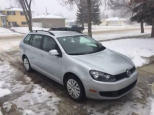 2012 Volkswagen VW Golf Wagon