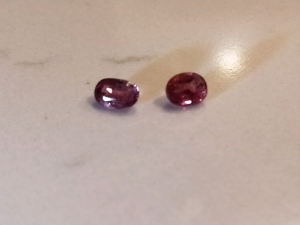 2x Sapphires oval cut with valuation