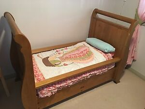 Boori 3 in 1 Cot and Change Table Liverpool Liverpool Area Preview