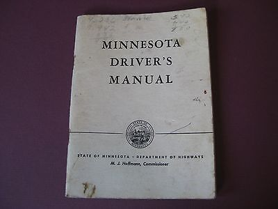 """Vintage 1948 Minnesota Drivers Manual / 4 1/2"""" x 6"""" / 48 pages"""