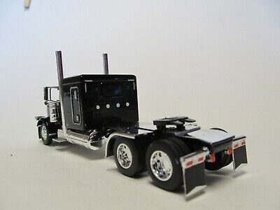 DCP FIRST GEAR 1/64 SCALE 389 PETERBILT FLAT TOP, BLACK & CHROME, FRAME COVER 4