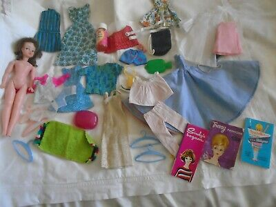 VINTAGE  PLAY  DOLLS   34  ITEMS  1 CLONE DOLL  CLOTHS   BITS  3 DOLLS  BOOKLETS