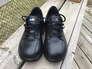 Men's Mellow Walk CSA and SD rated work shoes - size 7.5