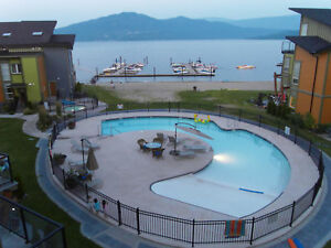 Modern Luxury 2 Bed 2 Bath Lakefront Shuswap Condo