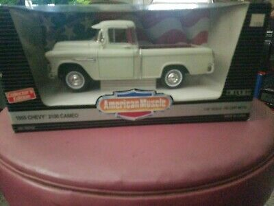 - ERTL AMERICAN MUSCLE 1955 CHEVY CAMEO 3100 PICKUP TRUCK 1/18 SCALE New