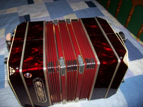 """Concertina  Accordion """"ARNOLD""""  With Case"""