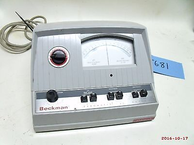 Beckman Zeromatic Ph Meter Model 96 - Powers Up Used Free Shipping