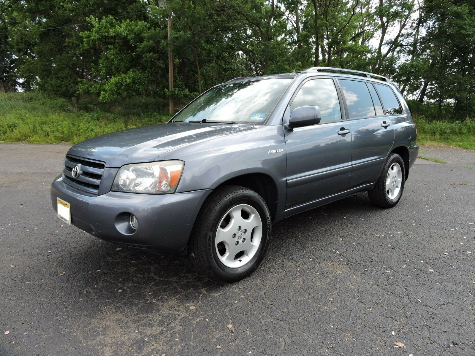 2005 Toyota Highlander Limited AWD V6 Navigation 2005 Highlander LTD AWD. All Options. 3rd Row. NAVIGATION. All Service Records.