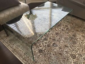 Amazing Tempered Glass Coffee Table!