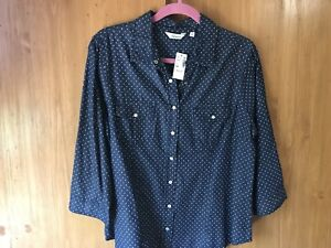 Two Casual Tops Size Large Both $10