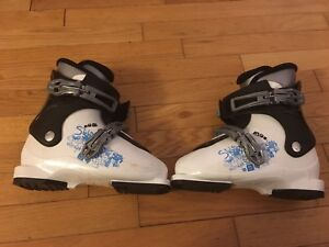 Kids Size 20.0 Salomon Ski Boots