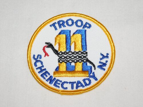 VINTAGE  GS GIRL SCOUTS TROOP 11 SCHENECTADY NY CLOTH PATCH