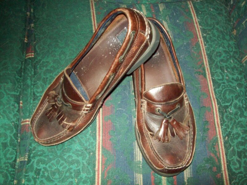 Men's Dockers Brown Leather Kiltie Tassled Slip On Loafer 9M
