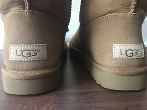 Ugg boots -size 9, new