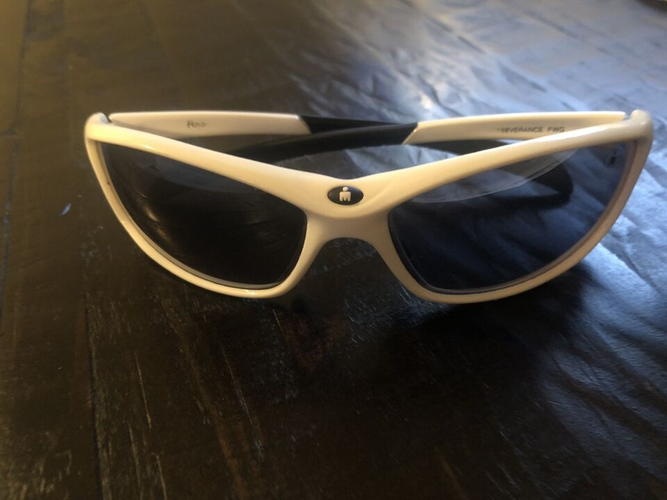 076814f411 Description. Selling my white polarized Ironman sunglasses ...