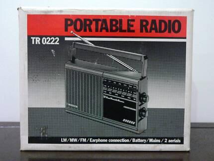 Vintage Hornyphon TR 0222 portable AM/FM/LW receiver