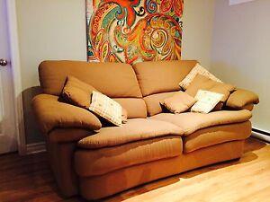 Sofa causeuse de qualité