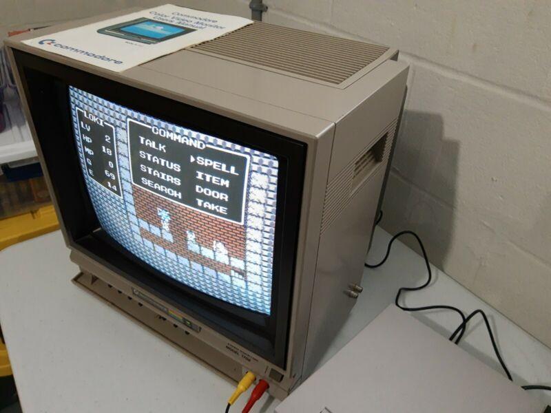 Commodore 1702 Monitor Retro Gaming Very Good Condition Rare