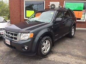 2008 ford escape!! 4x4 loaded!!$1800