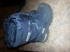 Baffin polar boots Size 11 youth