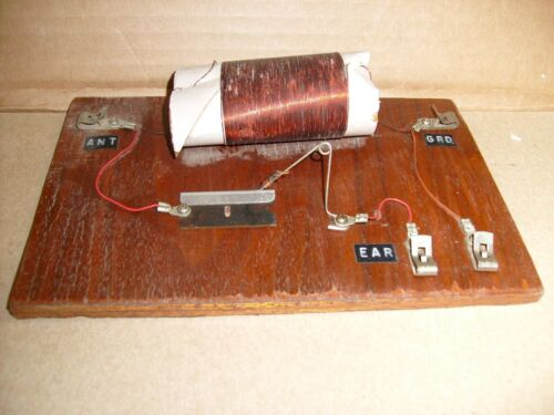 Vintage Crystal Radio Project part  kit w/ Crazy razor blade tuner  WWII FOXHOLE