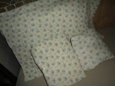 MARTHA STEWART FRENCH BLUE GREEN COTTAGE FLORAL (3PC) TWIN FITTED SHEET SET
