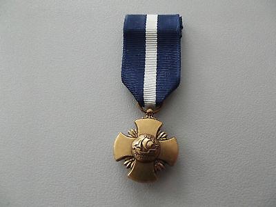 *(A19-005) Navy Cross original US Orden Miniaturorden US-System