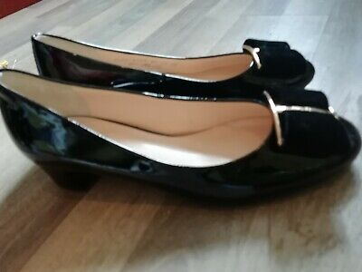 HOGL = Black Patent Leather Court Bow Shoes Size 4.5