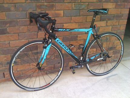 Pre loved Ladies cannondale Six