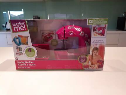 Totally Me Sparkling Jewellery Studio 40 Beads Toys Indoor Cool Totally Me Sewing Machine