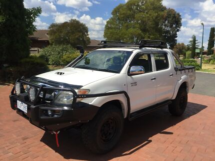 2008 Toyota Hilux Turbo Diesel lots of extra