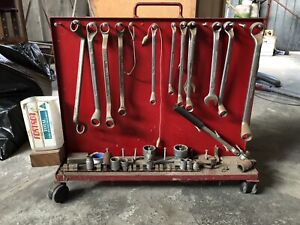 Oil filter removal wrenches, spammers and sockets