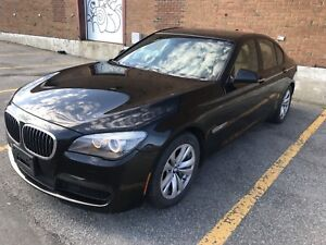 Bmw 750i 2011 xdrive M package NEW ENGINE