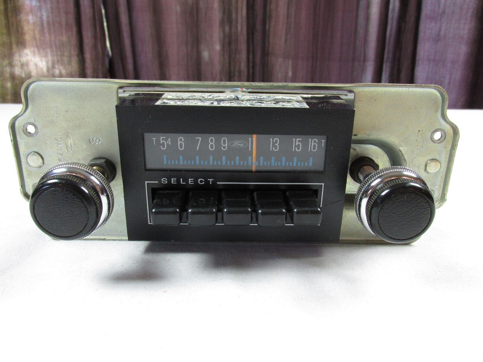 Ford OEM LTD Crown Vic Mercury Marquis 1979-1984 Radio D9AF-19A179-BA NICE COND.