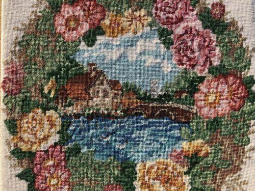 Vintage+Needlework+Romantic+Rose+Wreath+Needlepoint+Art+Duck+Style+of+Watercolor