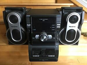 Stereo (cd player/old gen iPod dock)