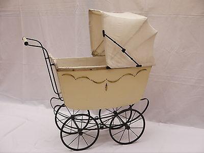 !!! Schöner, alter PUPPENWAGEN, um 1900, mit Speichenrädern !!!
