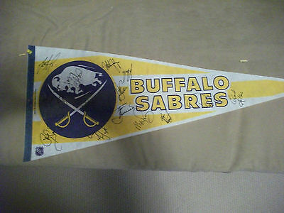 1983-84 BUFFALO SABRES TEAM AUTOGRAPHED PENNANT 16 SIGNATURES BARRASSO HOUSLEY Buffalo Sabres Team Pennant