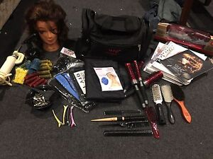 Hairdressing kit Narre Warren South Casey Area Preview