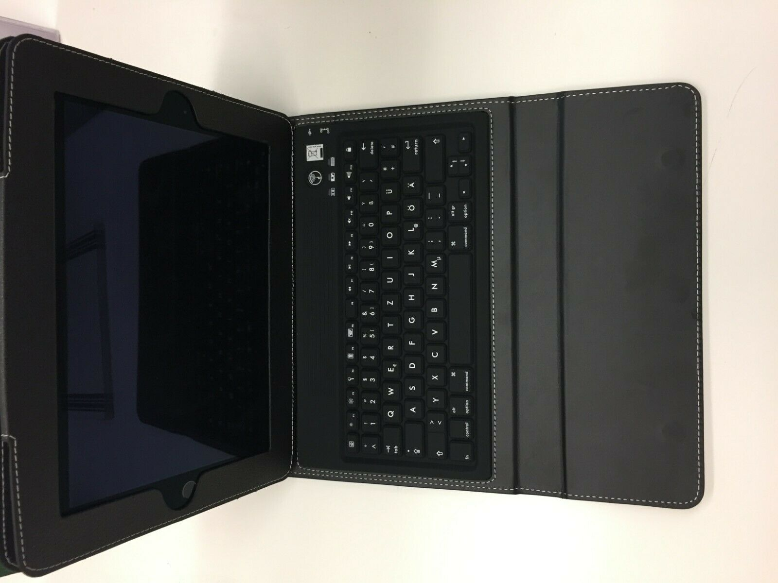 "DEUTSCHE Tastatur für iPad Air 1&2 9,7"" QWERTZ Bluetooth Keyboard Case"