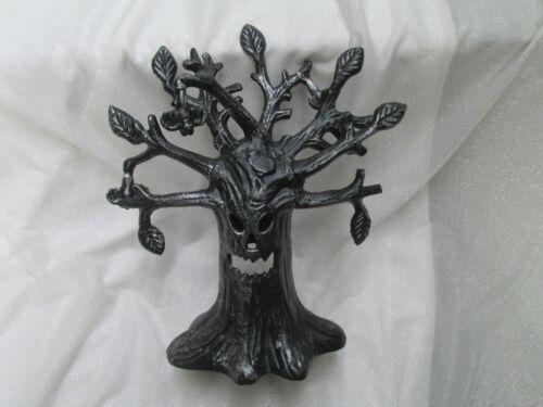 Illuminations HALLOWEEN CAST IRON SPOOKY TREE Candle Holder Tealight