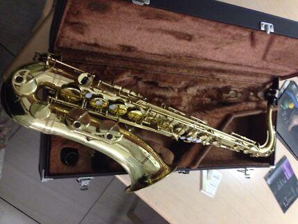 Yamaha tenor saxophone yts 32  Park Ridge South Logan Area Preview