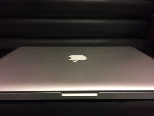 "Apple MacBook Pro A1278 13.3"" Laptop - MC724LL/A (February, 2011)"