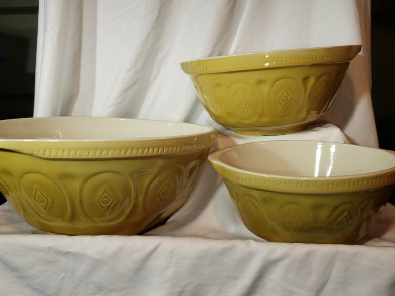 Vintage CPCA Gripstand Mixing Bowl Set of 3