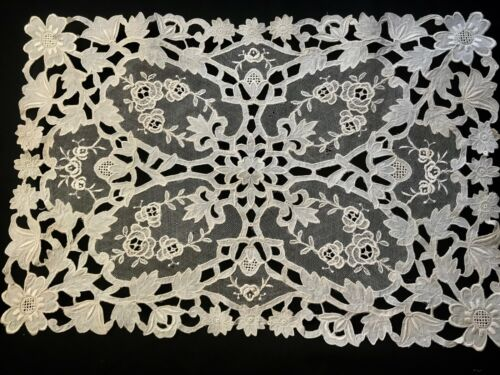 """Antique Off-white Extremely Delicate Chemical Lace Doily Floral motif 17"""" x 11"""""""