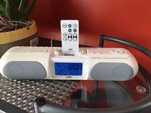 Petit radio réveil/chaîne stéréo/haut-parleur